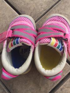 保育園の靴