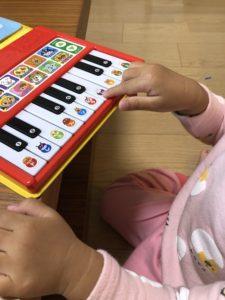 アンパンマンのピアノおもちゃ