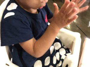 ピューロランドには2歳児のための子供用イスあり