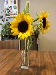 片付けにやる気を出すなら花を飾る