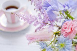 片付けのやる気を出すには花を飾ることから
