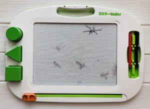 2歳のお絵かき道具